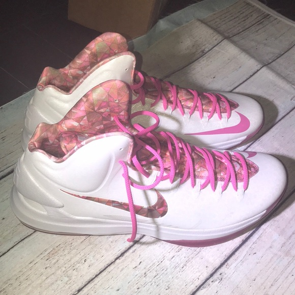 0cf773219c0 Nike KD V5 Aunt Pearl Kevin Durant Breast Cancer